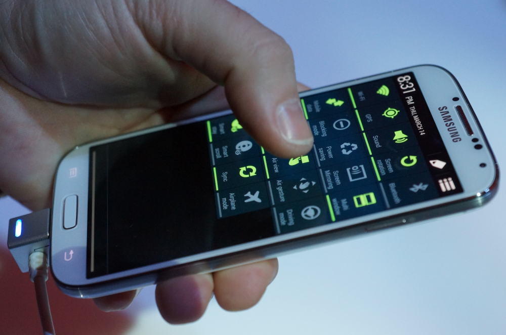 Samsung Galaxy S4: προπαραγγελίες σε Γερμανό και Πλαίσιο