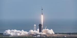 SpaceX: η πρώτη επανδρωμένη αποστολή στο διάστημα έρχεται την επόμενη Άνοιξη