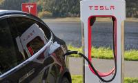 Ανέτοιμα τα Tesla για τους δρόμους των πόλεων