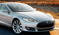 Ξεκίνησαν οι παραγγελίες για τα μοντέλα της Tesla στην Ελλάδα