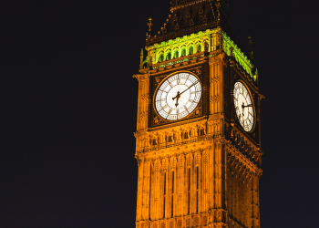 Αγγλία: το Φθινόπωρο η απόφαση για το 5G