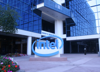 Intel: τσιπάκια μνήμης made in China