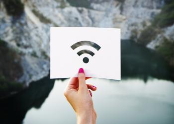 Αυτοί είναι οι 117 ελληνικοί δήμοι που θα έχουν δωρεάν WiFi