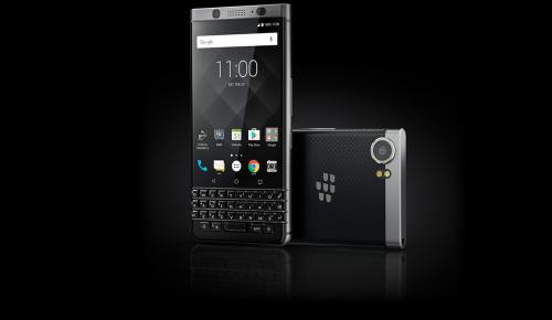 Αρνείται να πεθάνει η Blackberry
