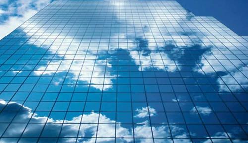 Ενα σύννεφο για τα Windows 8