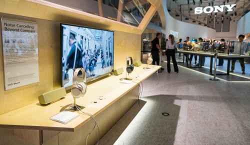 Sony: αναδίπλωση ενός δις στην ψυχαγωγία